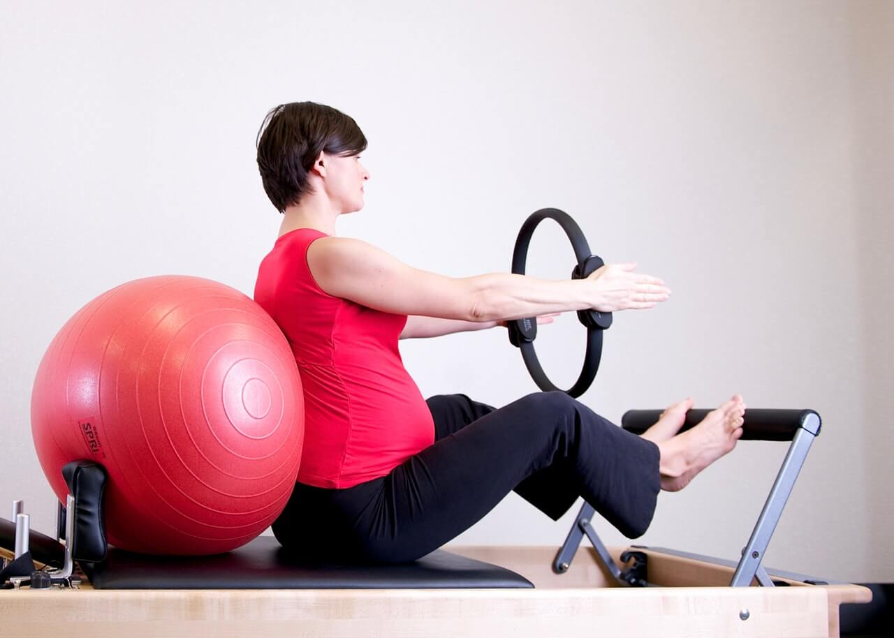 Healthy Tips and Stretching Weight Loss Exercises During Pregnancy