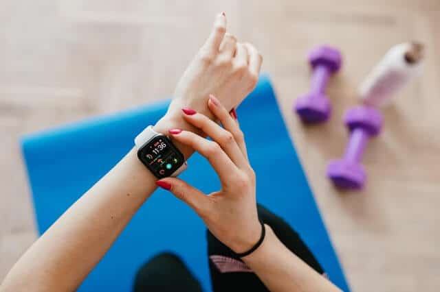 Uses And Benefits Of Using Fitness Tracker
